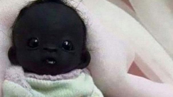 Dünyanın En Siyah Bebeği galerisi resim 1