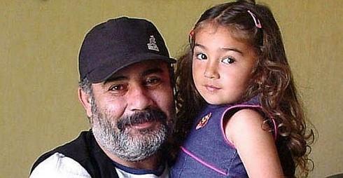 Ahmet Kaya'nın Minik Kızı Genç Bir Kız Oldu galerisi resim 1