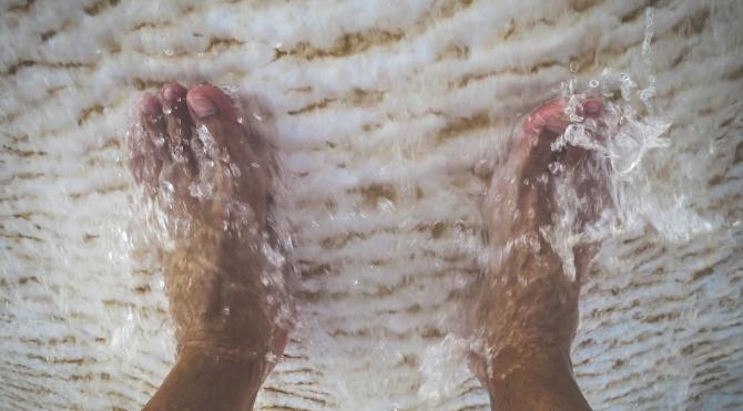 Ayaklarınızı Sıcak Suda Bekletin ve.... galerisi resim 1