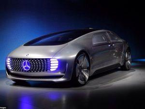 Mercedes Yeni Bombasını Patlattı !