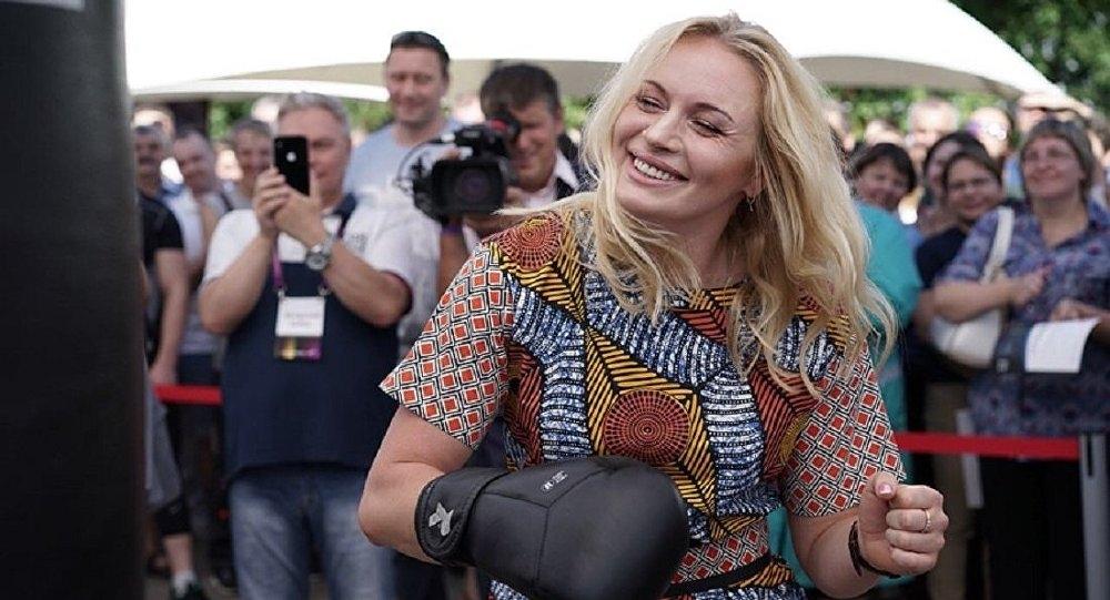 Dünya şampiyonu Rus boksör Svetlana Kolakova galerisi resim 1