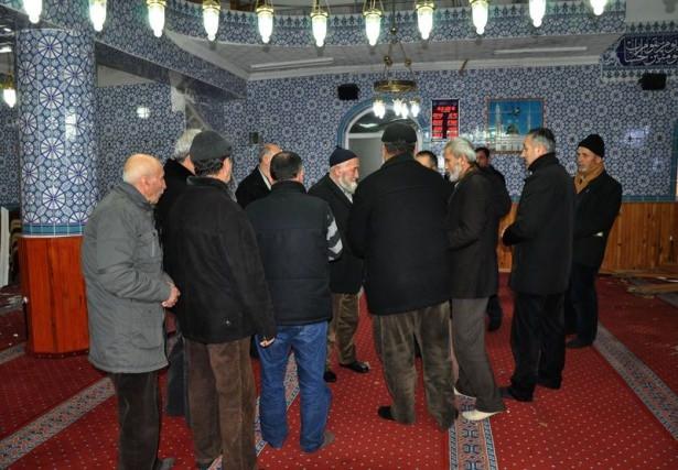 Ankara'da Cami'de Patlama Ölü ve Yaralılar Var! galerisi resim 1