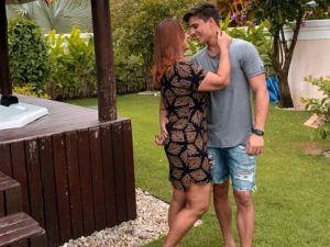 Neymar'ın annesi, oğlunun 22 yaşındaki arkadaşı ile ilişki yaşıyor