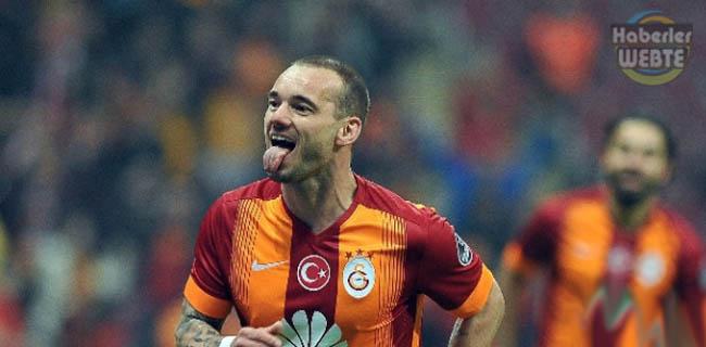 """Hamzaoğlu:""""Sneijder yakaladığı zaman vuruyor"""""""