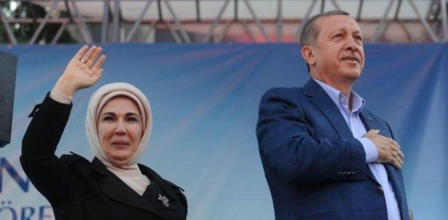 Erdoğan: Cami Vaizi Saltanat Kurmuş