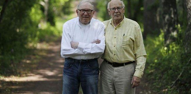 50 Yıl Kardeş Gibi Davranan Eşcinsel Çift