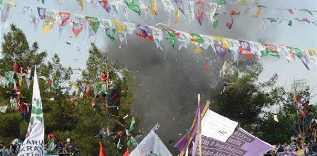 HDP Mitinginde Piknik Tüpüne Yerleştirilmiş Bomba Patlatılmış