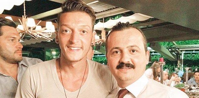 Mesut Özil 3 Kilo Et Yedi!..