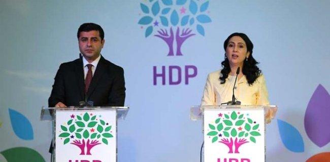 """""""Öz Yönetim"""" Israrı Seçimde HDP'ye Kaybettirdi"""