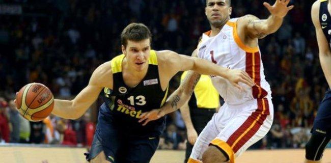Potada Galatasaray, Fenerbahçe'ye Fark Attı