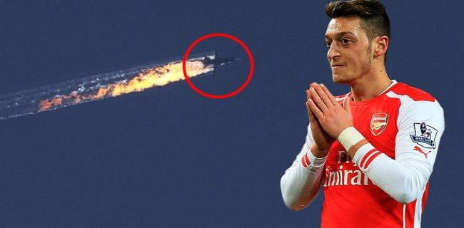 Muhabirden Tuzak Soru, Mesut Özil'den Uçak Krizi Yorumu