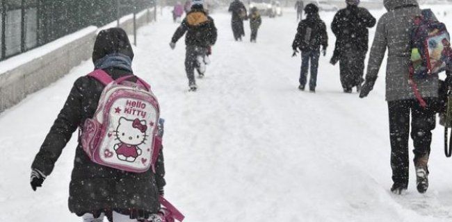 İki İlde Okullar Kar Nedeniyle Tatil!