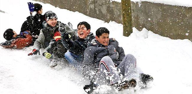 O İlimizde Okullar Yarın Kar Nedeniyle Tatil Edildi
