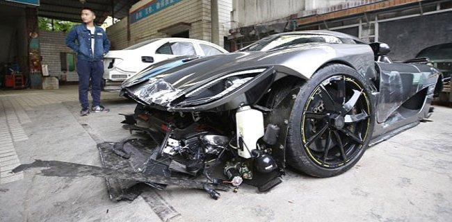 Çin'in En Pahalı Kazası! Servet Değerinde Aracını Böyle Parçaladı