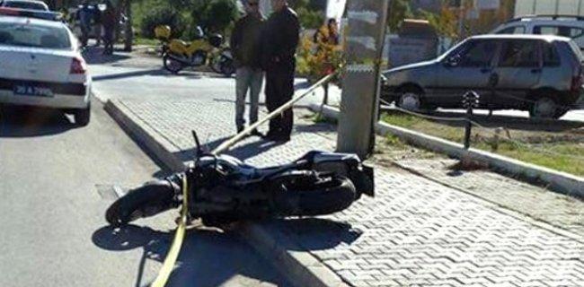 Kaskını Kız Arkadaşına Veren Motosiklet Sürücüsü Kazada Öldü