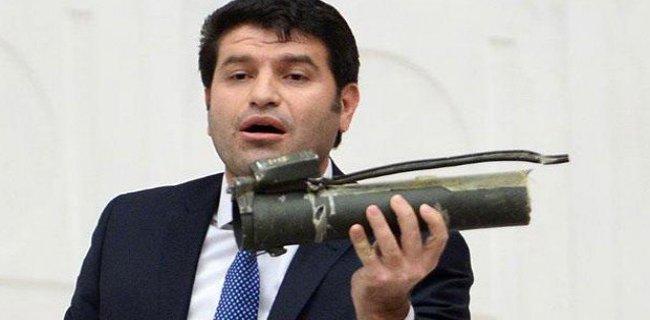 HDP'li Vekil Meclis Kürsüsüne Bazukayla Çıktı