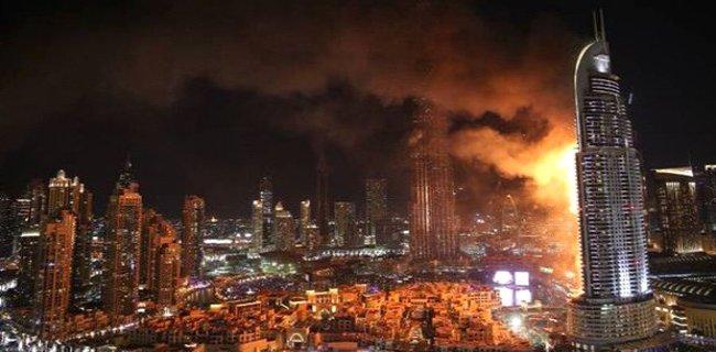 Dubai'de 63 katlı Lüks Gökdelende Yangın Çıktı!