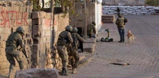 Köşeye Sıkışan PKK'lılar Polisten Bakın Ne İstediler