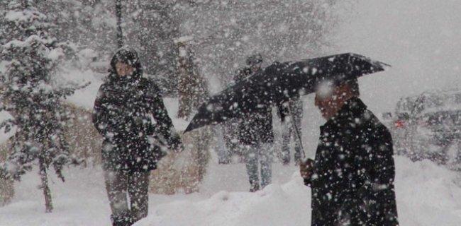 İstanbul Hava Durumu! Kar Bastıracak Bu Saatlere Dikkat!