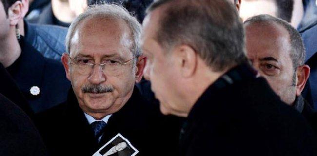 Mustafa Koç'un Cenazesine Damga Vuran Kare!