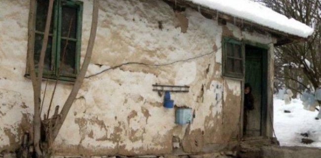 700 Bin Doları Köylülere Dağıttı
