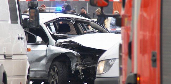 Almanya - Berlin'de Araç Patladı: 1Ölü