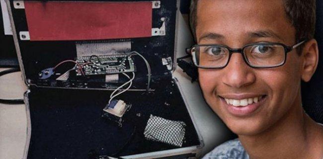 Yaptığı Saat Yüzünden Kelepçelenen Müslüman Öğrenciden Dava