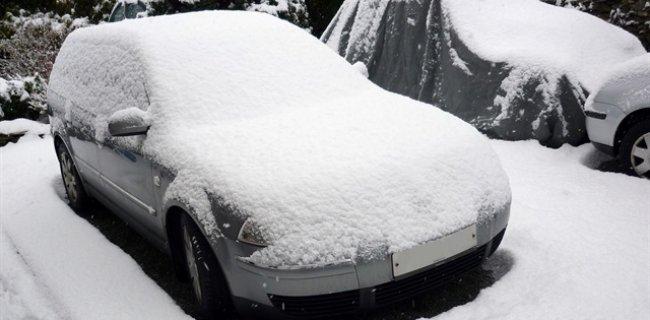 Karlı Havada Arabadaki Sessiz Tehlike