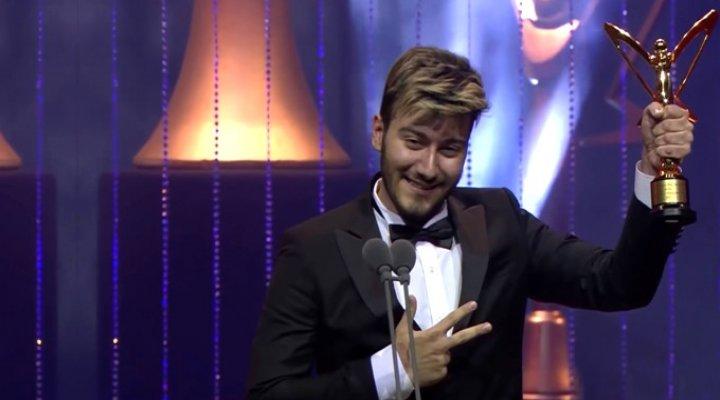 Altın Kelebek Ödülü Geri Alınan Youtuber Enes Batur'dan İlk Açıklama Geldi