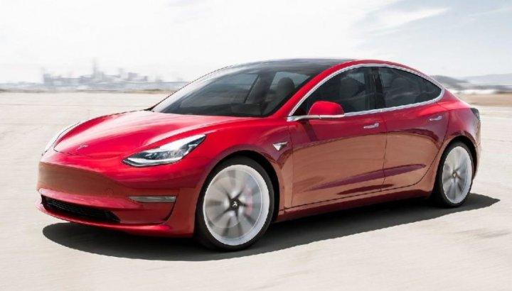 Tesla'nın Model 3 satışları beklenilenden düşük