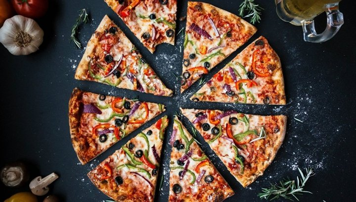 Domino's Pizza, mutfağında çekilen 'fareli video' nedeniyle şubesini kapattı