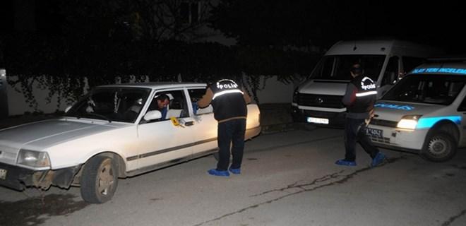 Antalya'da Otomobildekilere Tüfekli Saldırı !