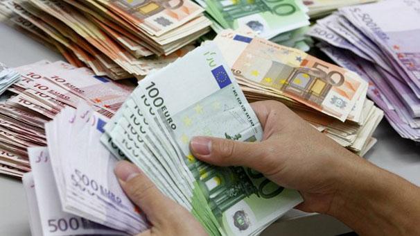 Bir Ülke Daha Euro Kullanmaya Başlayacak !