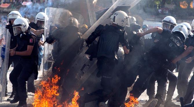 Emniyet'ten Gezi Parkı İtirafı O Silahı Kullandık !