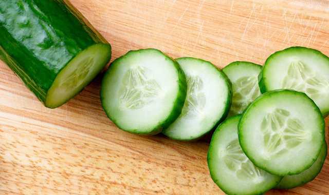 Salatalık Yiyerek Zayıflamak Mümkün