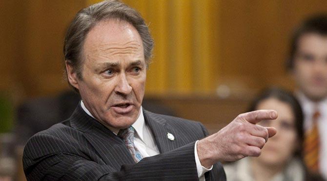 Kanadalı Milletvekili İç Çamaşırını Suçladı