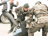 Tekmelenen Madenci, CHP'li Belediyede İşe Başladı