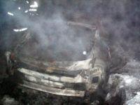 Araçtan Kömürleşmiş Ceset Çıkartıldı!