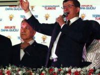 Kadın Muhtardan Başbakan ve AK Partili Seçmene Ağır Hakaretler