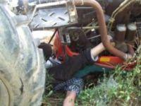 Oğlunun Kullandığı Traktör Altında Kalan Anne Öldü