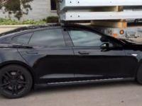 Model S Park Halinde Kaza Yaptı; Tesla Suçu Sürücüye Attı
