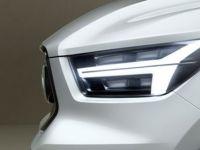 Volvo'nun Yeni Kompakt Modeli Göz Kırptı