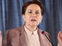Akşener'in Partisi Mum Gibi Eriyor