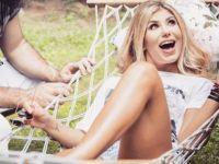 Şarkıcı Hatice, Instagram Hesabından Bacak Tüylerini Aldırdığı Anları Paylaştı