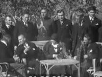 Bu görüntüler yeniden gündemde: Atatürk, ABD Büyükelçisi ile Fransızca konuşuyor