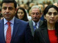 Demirtaş ve Yüksekdağ 'iftira'dan beraat etti